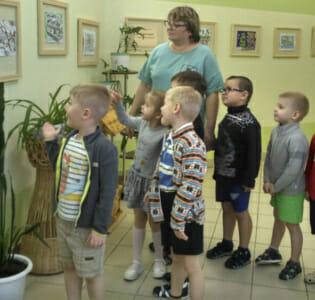Выставка «Зимняя сказка в городе Кирово-Чепецке»  в МАДОУ детском саду «Надежда»